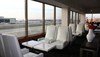 Book and save airport lounges access